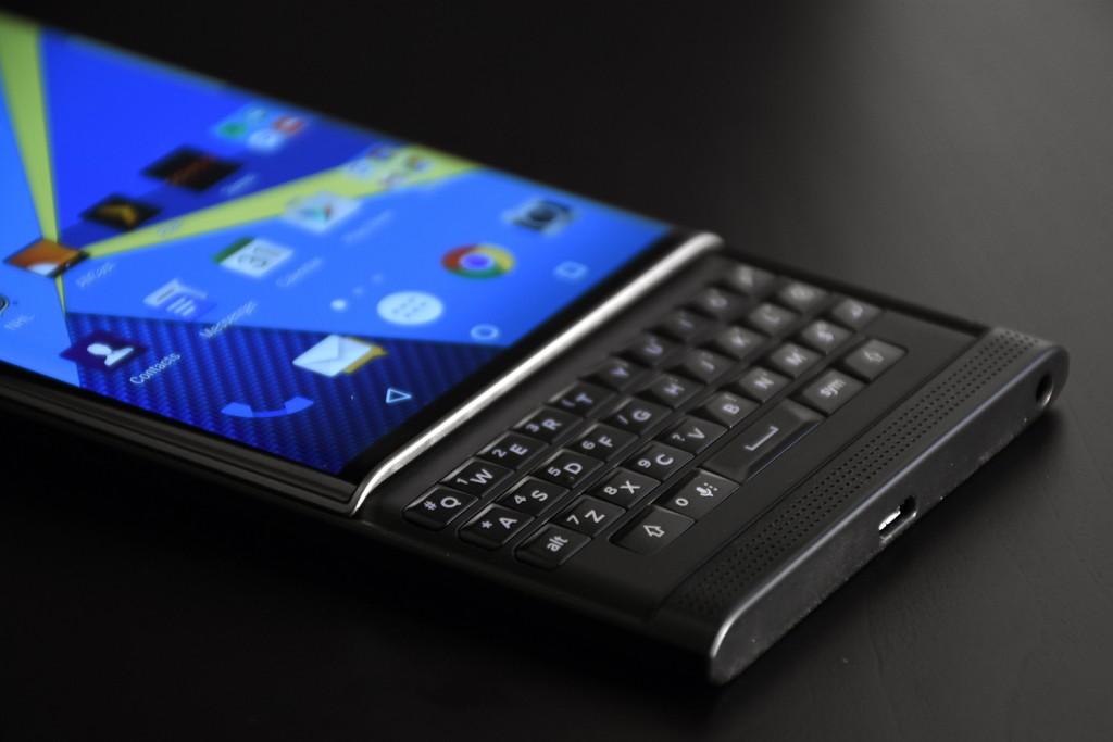 The Return of the BlackBerry – the Priv Strikes Back